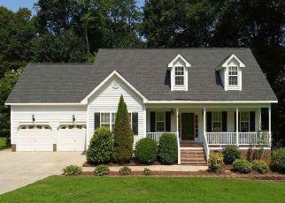 Pre Foreclosure in Garner 27529 HERON CIR - Property ID: 1456937746