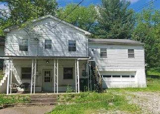 Pre Foreclosure in Evansville 47711 PFEIFFER RD - Property ID: 1457032794