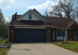 Pre Foreclosure in Evansville 47711 E EVERGREEN RD - Property ID: 1457042862