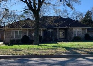 Pre Foreclosure in Nashville 37218 ENCHANTED CIR - Property ID: 1457226811