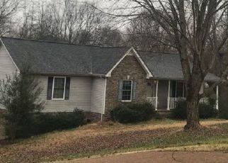 Pre Foreclosure in Greenbrier 37073 QUAIL CT - Property ID: 1457227237