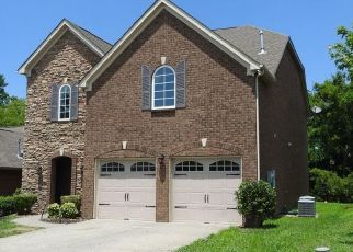 Pre Foreclosure in Lebanon 37090 MEANDERING DR - Property ID: 1457240835