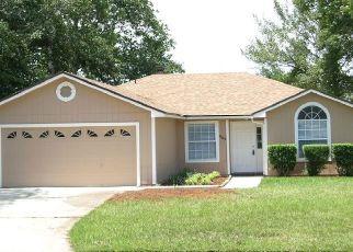 Pre Foreclosure in Orange Park 32003 BAYBROOK DR - Property ID: 1458059392