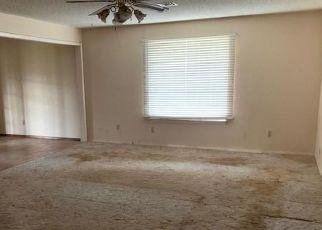 Pre Foreclosure in Altus 73521 VICKSBURG CIR - Property ID: 1458081285