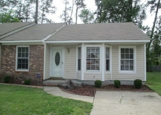 Pre Foreclosure in Midway Park 28544 ROLLING RIDGE DR - Property ID: 1458530205