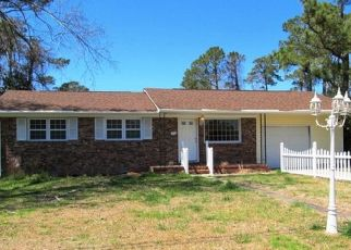 Pre Foreclosure in Jacksonville 28546 VICTORIA RD - Property ID: 1458534596