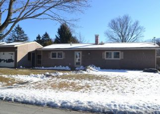 Pre Foreclosure in Bangor 04401 RANDOLPH DR - Property ID: 1458809197