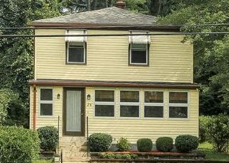 Pre Foreclosure in Methuen 01844 AYERS VILLAGE RD - Property ID: 1458839875