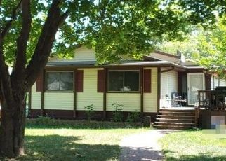 Pre Foreclosure in Minneapolis 55422 GRIMES AVE N - Property ID: 1459095196
