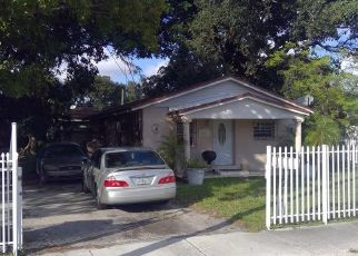 Pre Foreclosure in Opa Locka 33054 NW 152ND TER - Property ID: 1459151258