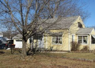 Pre Foreclosure in Feeding Hills 01030 HOMER ST - Property ID: 1459191107