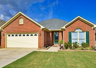 Pre Foreclosure in Decatur 35603 SCOBEE AVE SW - Property ID: 1459244101