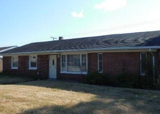Pre Foreclosure in Gary 46406 KING ST - Property ID: 1459346608