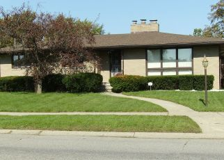 Pre Foreclosure in Merrillville 46410 W 54TH AVE - Property ID: 1459352742