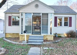 Pre Foreclosure in Elizabethtown 42701 VILLAGE DR - Property ID: 1459412289