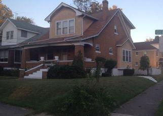 Pre Foreclosure in Louisville 40212 GLENDORA AVE - Property ID: 1459430699