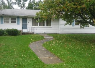 Pre Foreclosure in Fort Wayne 46815 DAVEWAY DR - Property ID: 1459621651