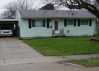 Pre Foreclosure in South Bend 46619 S CLEARVIEW PL - Property ID: 1459663252