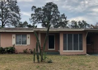 Pre Foreclosure in Clearwater 33756 PINE ST - Property ID: 1460210274