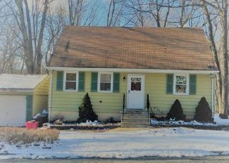 Pre Foreclosure in Hopatcong 07843 LELAND TRL - Property ID: 1460939511
