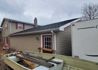 Pre Foreclosure in York 17408 HAYWARD RD - Property ID: 1461039366