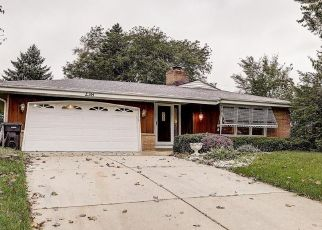 Pre Foreclosure in South Milwaukee 53172 16TH AVE - Property ID: 1461144484