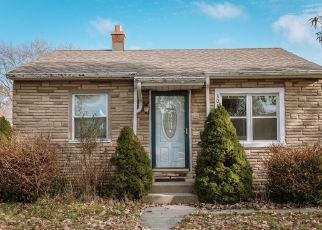 Pre Foreclosure in Milwaukee 53219 S 50TH ST - Property ID: 1461157177
