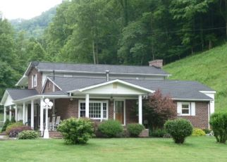 Pre Foreclosure in Bristol 24202 LIVINGSTON CREEK RD - Property ID: 1461372669