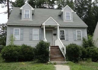 Pre Foreclosure in Petersburg 23803 TERRACE AVE - Property ID: 1461419534