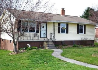 Pre Foreclosure in Wytheville 24382 E MARSHALL ST - Property ID: 1461440105