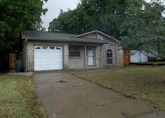 Pre Foreclosure in Fort Worth 76108 TINSLEY LN - Property ID: 1461688444