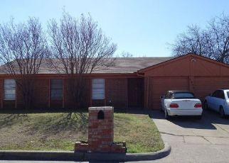 Pre Foreclosure in Fort Worth 76140 CHALMETTE CT - Property ID: 1461704657