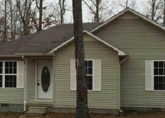 Pre Foreclosure in Lawrenceburg 38464 OAKDALE DR - Property ID: 1461870195