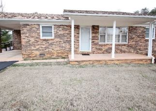 Pre Foreclosure in Sparta 38583 CREED LN - Property ID: 1461911820