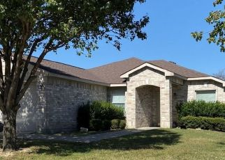 Pre Foreclosure in Fort Worth 76108 COUGAR TRL - Property ID: 1461926711