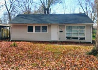 Pre Foreclosure in East Saint Louis 62206 DELORES DR - Property ID: 1462571401