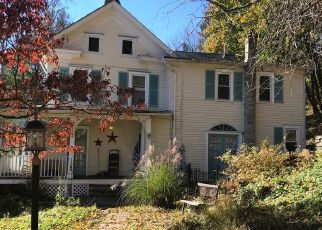 Pre Foreclosure in Milford 08848 MILFORD MOUNT PLEASANT RD - Property ID: 1463248958