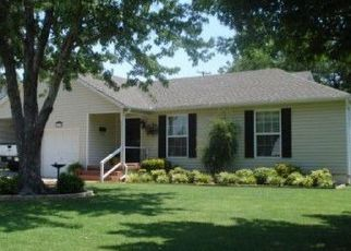 Pre Foreclosure in Duncan 73533 N 12TH ST - Property ID: 1463482384