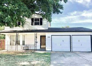 Pre Foreclosure in Ponca City 74604 LESLIE LN - Property ID: 1463524430