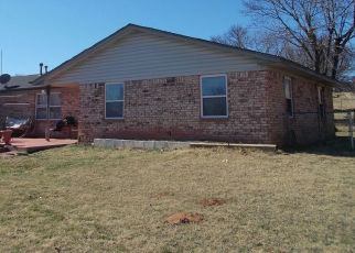 Pre Foreclosure in Ninnekah 73067 W WATER FRONT DR - Property ID: 1463553787