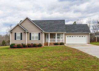 Pre Foreclosure in Burlington 27215 FRIENDSHIP PATTERSON MILL RD - Property ID: 1463949261