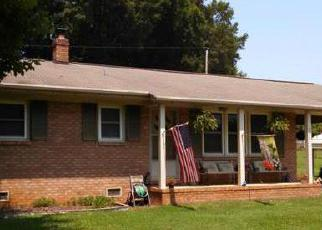 Pre Foreclosure in Statesville 28625 BRADLEY FARM RD - Property ID: 1463998318