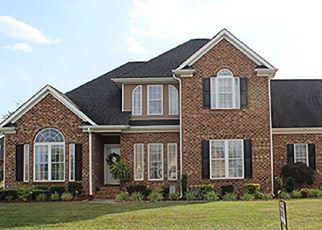 Pre Foreclosure in Burlington 27215 FREEDOM DR - Property ID: 1464028996