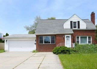 Pre Foreclosure in Buffalo 14226 CLIFFORD HTS - Property ID: 1464226952