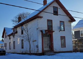 Pre Foreclosure in Brewer 04412 HOLYOKE ST - Property ID: 1464399956