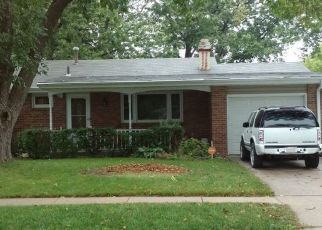 Pre Foreclosure in Lincoln 68505 AYLESWORTH AVE - Property ID: 1464555424