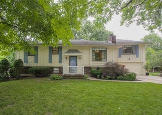 Pre Foreclosure in Independence 64057 GATEWAY DR - Property ID: 1464783609