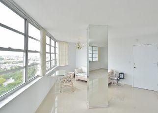 Pre Foreclosure in Miami Beach 33141 COLLINS AVE - Property ID: 1465084950