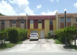 Pre Foreclosure in Hialeah 33014 W 81ST PL - Property ID: 1465099386