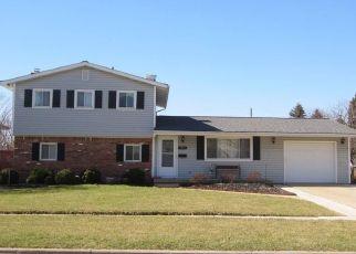 Pre Foreclosure in Oregon 43616 EASTLAND DR - Property ID: 1465380572